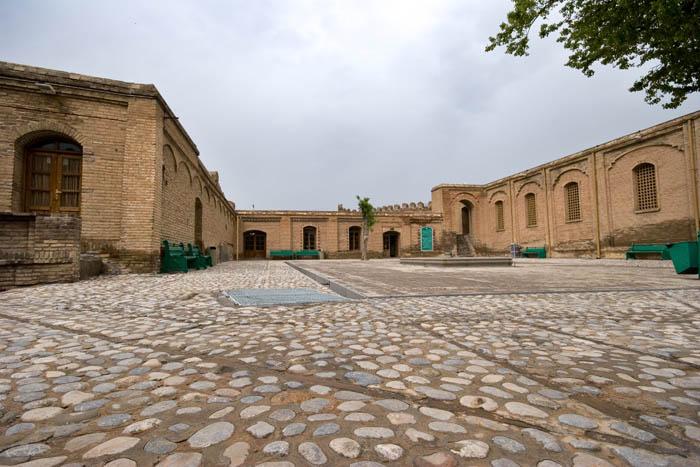 سابقه سیاسی قلعه فلک الافلاک